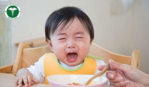 Nguyên nhân trẻ bỗng dưng biếng ăn