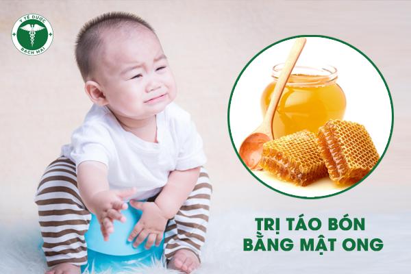 Mật ong trị táo bón hiệu quả cho trẻ